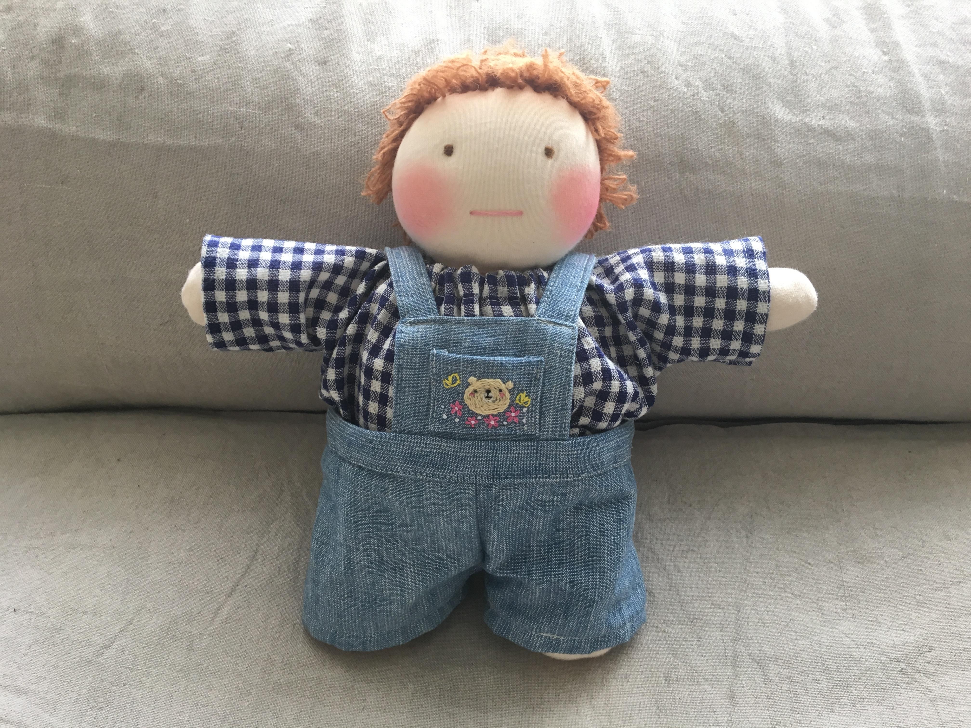 幼い子供のためのはじめてのお人形!簡単な作り方です